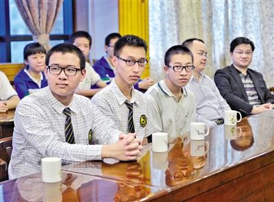 华附两学霸入选国家队 - 数学李老师 - 华师附中数学教育工作室
